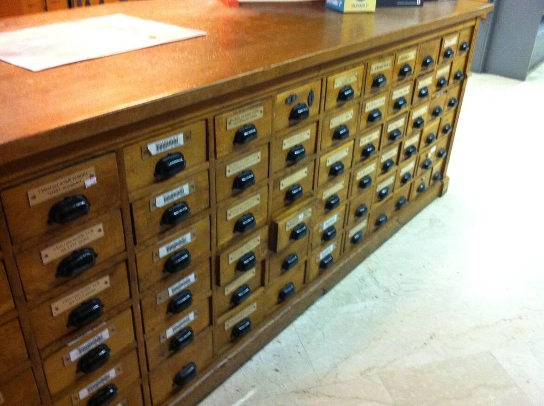 Franzinelli vigilio botteghe storiche qualificazione for Cassettiere usate